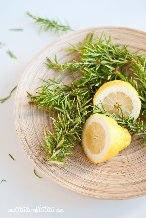 Ambientador casero de romero y limón