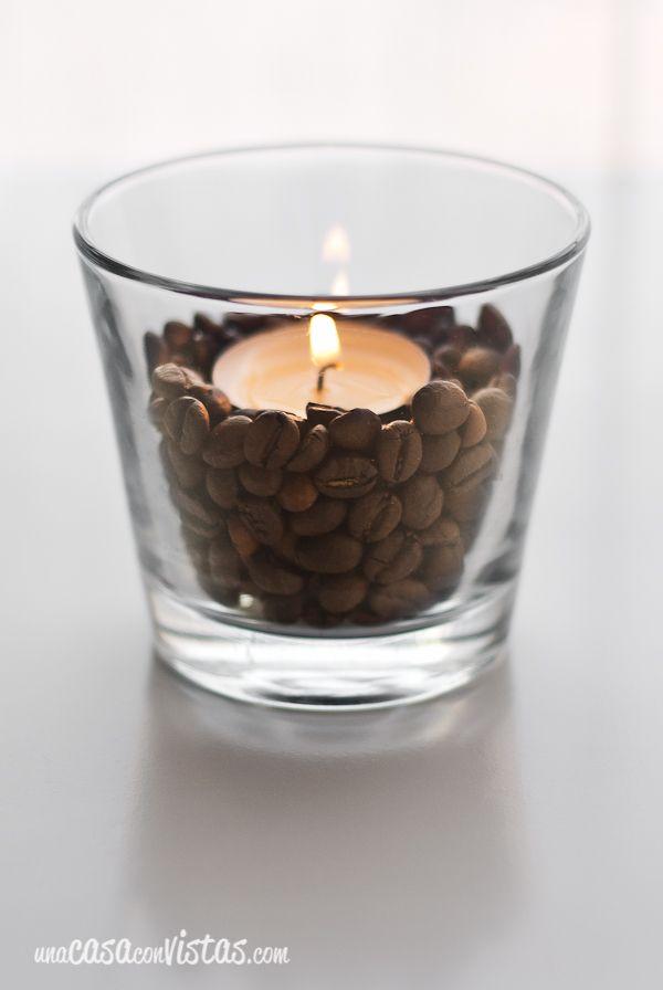 Vela decorada con granos de café