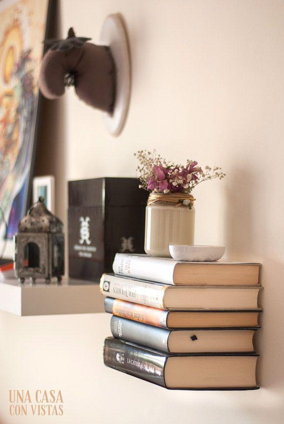 Estantería invisible para libros