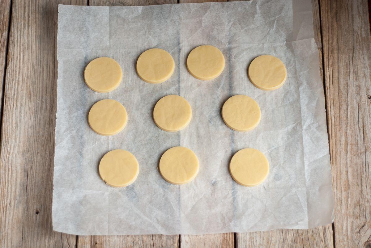 Masa de galletas cortada