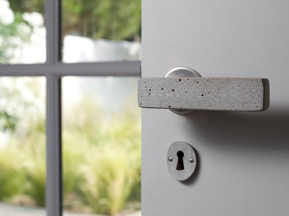 Manivela de puerta de cemento