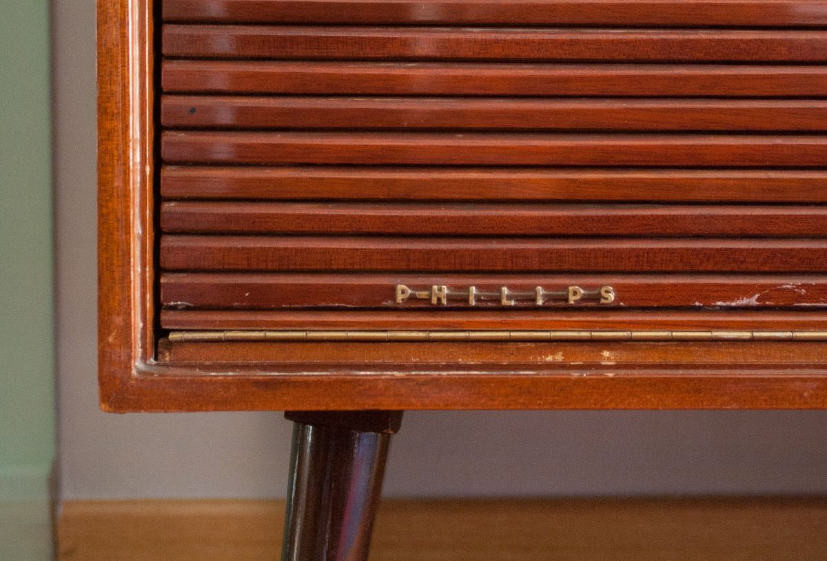 Mueble aparador philips de los a os 60 una casa con vistas - Muebles anos 60 ...