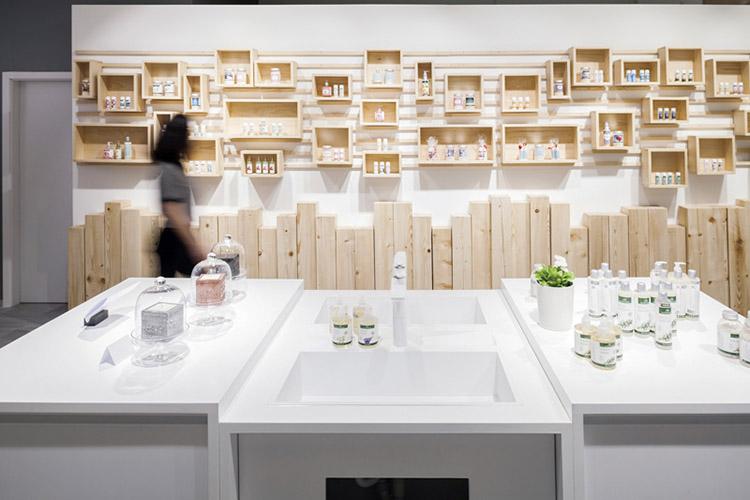 Estantería modular personalizable de madera