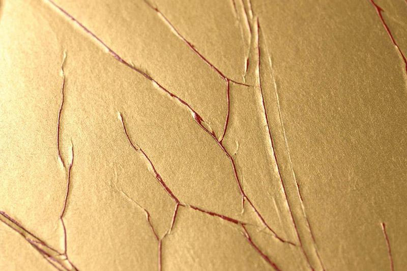 Detalle papel pintado arrugado