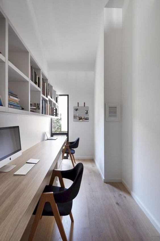 Espacio de trabajo pequeño en casa