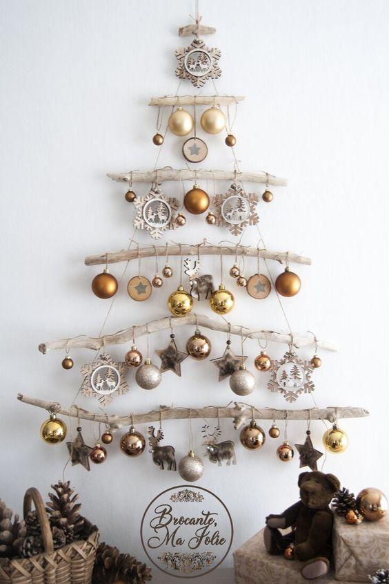 Árbol de Navidad en una pared