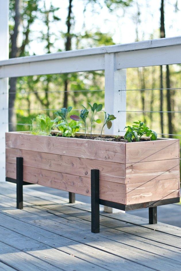 Jardinera para huerto urbano