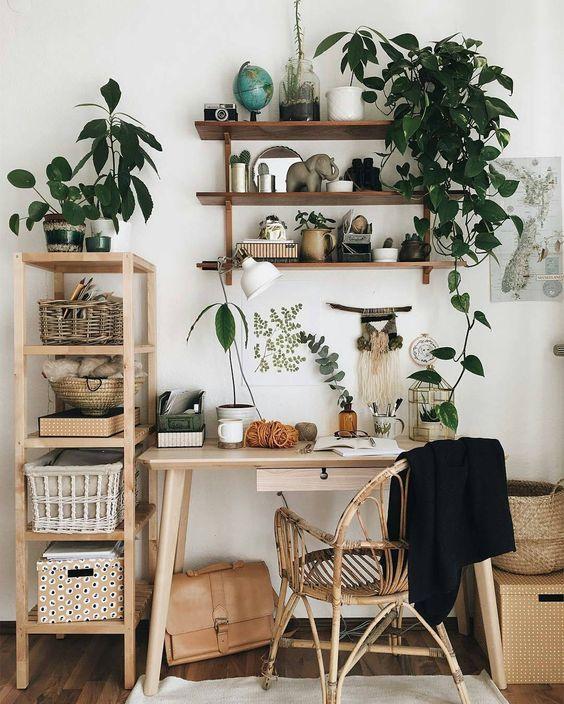 Espacio de trabajo natural en madera